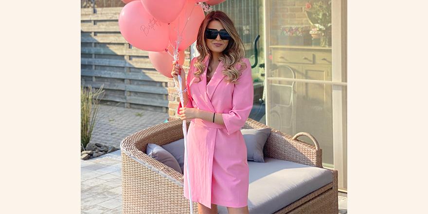 roze-kleedje-yentlk.jpg
